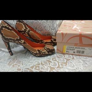 """Via Spiga  Brown Snake 3-1/2 """"heels. New"""